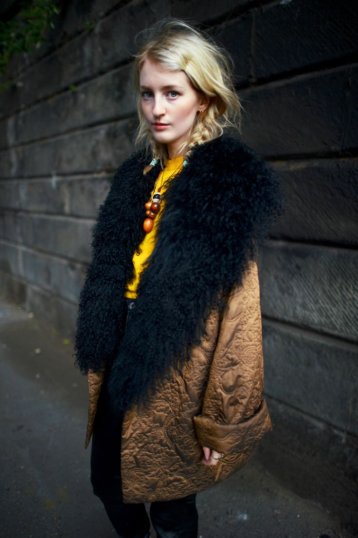❤ oversize cocoon coat with faux fur collar