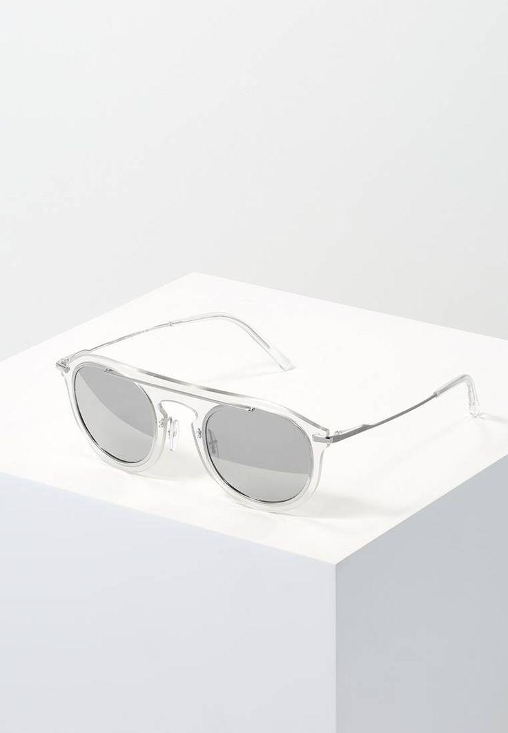 Dolce&Gabbana. Sonnenbrille - grey/silver. Breite:14.5 cm bei Größe 48. Bügellänge:13.5 cm bei Größe 48. Stegbreite:1.5 cm bei Größe 48. UV-Schutz:ja. Brillenform:oval. Brillenetui:Hartschale