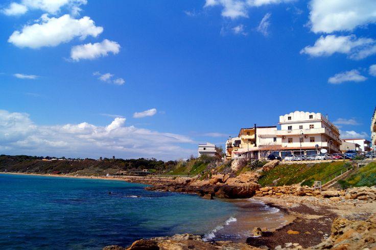 Spiaggia de Le Castella Spiaggia e Castello