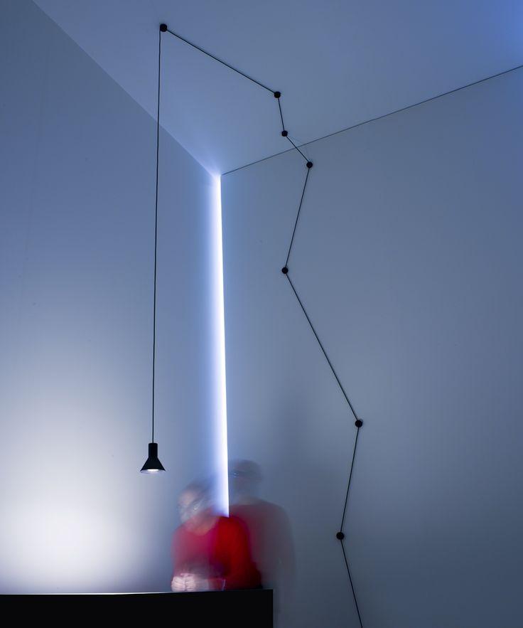 DESIGN DAVIDE GROPPI - BEPPE MERLANO - 2013 220 / 240 V - 50 / 60 Hz MAX 15 W LED E27