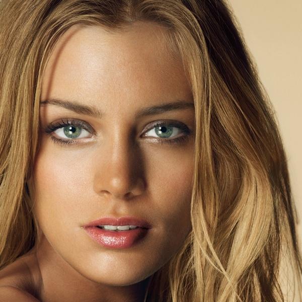 Natural Beauty n°13 BB : Belle & Bonzée  #une #unebeauty #naturalbeauty #unenaturalbeauty
