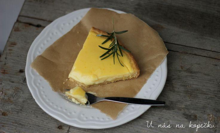 Tento koláč dělám podle Maryny, ale recept jsem si trošičku upravila. Kdo máte rád sladko kyselé lehké svěží dezerty, budete nadšeni. ...