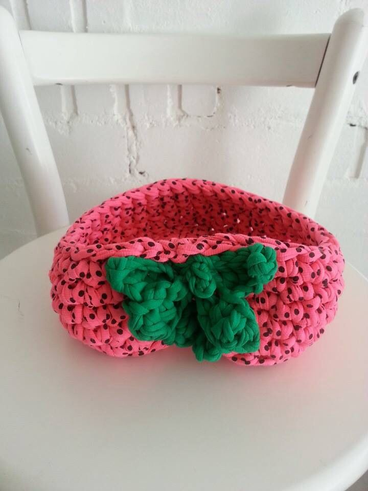 A Strawberry Crochet Bowl made with #tektek #trapilho on my original pattern