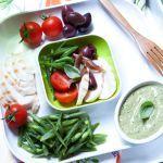 Leggi la ricetta dell'insalata composta con pollo, fagiolini e salsa tonnata su Sale&Pepe e cucina questo gustosissimo ma semplice piatto