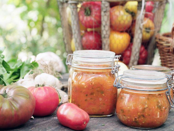 Tomatsås med selleri och basilika, Mandelmanns recept | Recept från Köket.se