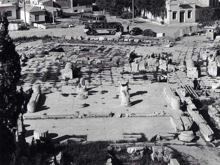 Lala Aufsberg Αρχαιολογικός χώρος Ελευσίνας το 1963