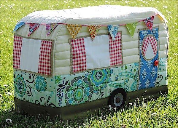 Arc-en-Hare Quilts: Vintage Caravan couture couverture Machine - Motif (version…