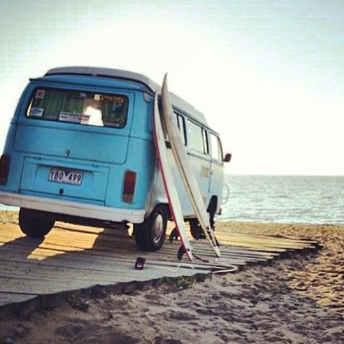 A trip out to the sea, with a #surfboard. What a wonderful weekend plan!