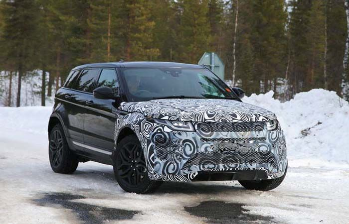 Range Rover Evoque 2019 with Lower CO2 Emanations
