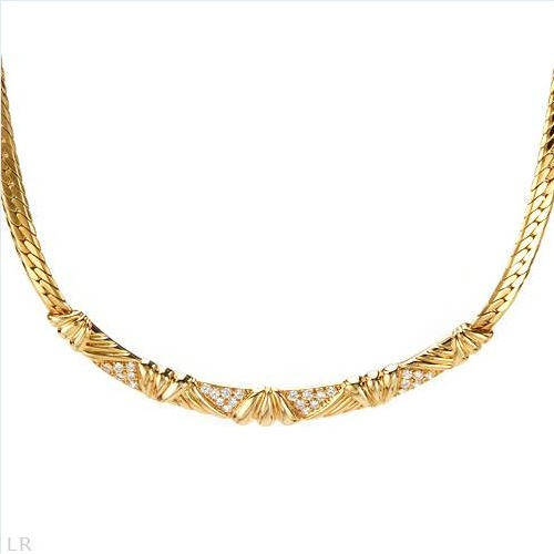 $4,859.00  Made in France Marvelous Necklace with 0.75ctw Super Clean FG/VVS Diamonds Made of 18K Gold