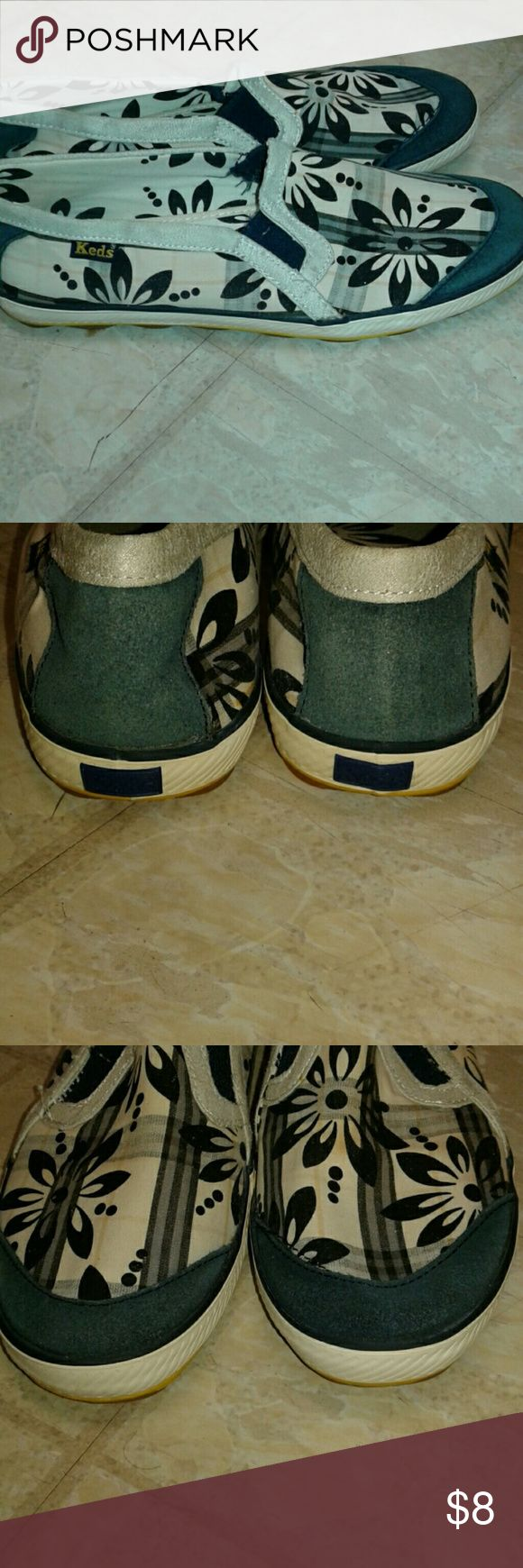 Ladies Tennis shoes Ladies Keds tennis shoes.. no rips or tears. Keds Shoes Sneakers