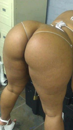 Naked black bootythats all i got to say for this video 4