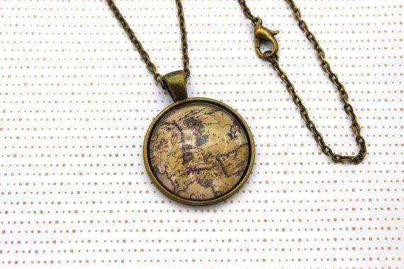 Seigneur des anneaux, collier de Tolkien «Carte de la terre du milieu» ou porte-clé, porte-clé.