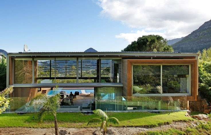 The award-winning Spa House, located in the seaside village of Hout Bay, Cape Town.  http://www.capetownvillas.net/hout-bay/the-spa-house