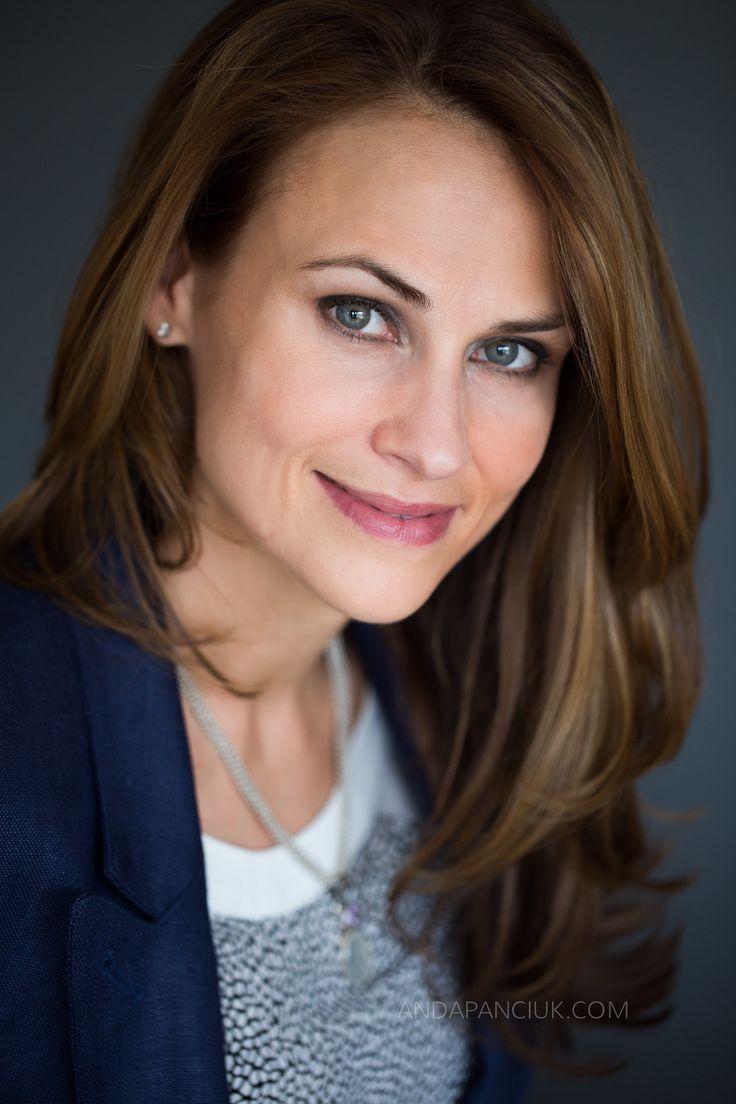 Lawyer Headshot | Business Headshot | PROFESSIONAL PORTRAIT | Montreal Headshot Photographer Anda Panciuk andapanciuk.com