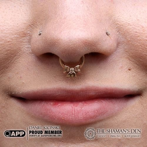 Cute septum ring with bow. I want a daith piercing with this in it