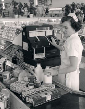 1950's grocery store check out