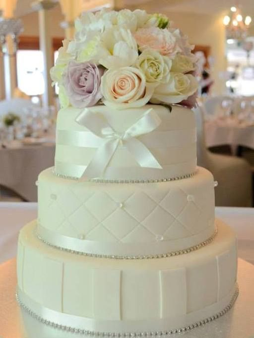 Wedding Cake, fondant detailing