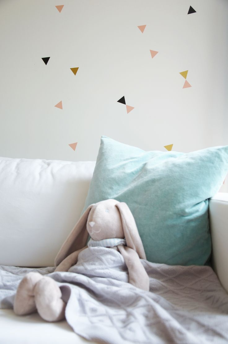 Wallstickers - Triangle set with lovely rabbit Dekornik.pl