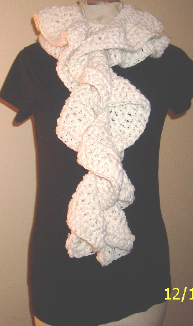 989 best Crochet - Scarves images on Pinterest   Crochet cowls, Head ...