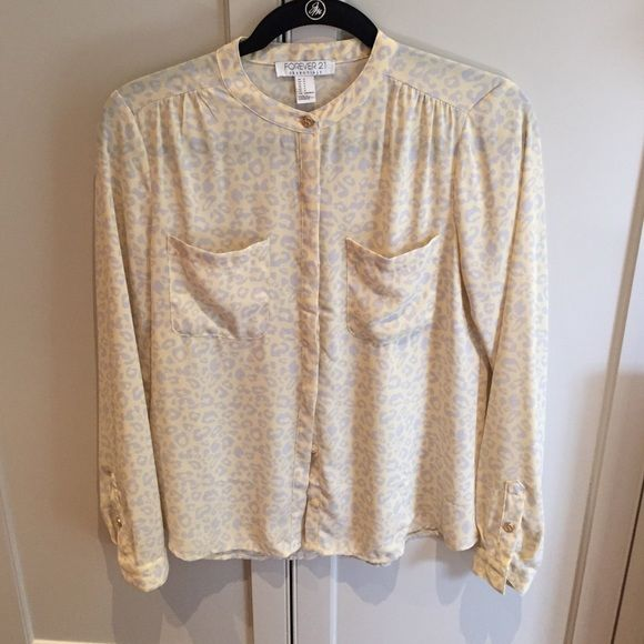 size s Forever 21 - button down yellow and gray leopard. Completely ...