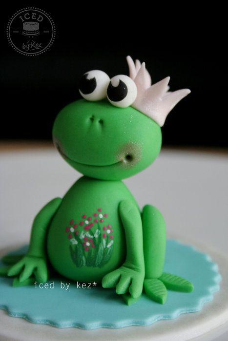 sweet little frog topper - by IcedByKez @ CakesDecor.com - cake decorating website