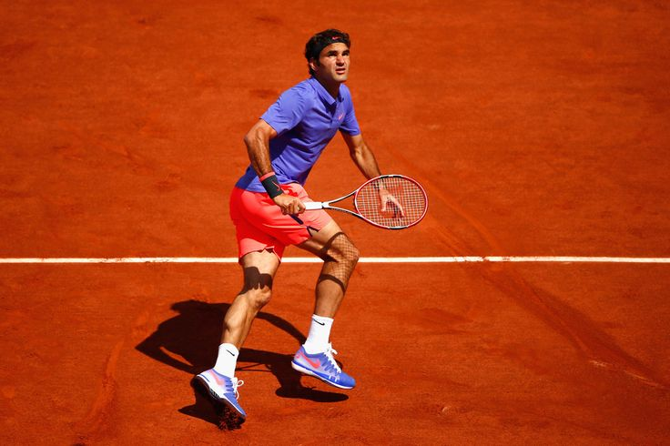 Roger Federer Photos: 2015 French Open - Day One