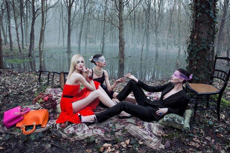 dior secret garden1 800x533 Diors New Secret Garden Campaign Stars Daria Strokous by Inez & Vinoodh