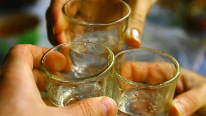 собутыльника лишили жизни с помощью лопаты и пилы Ни для кого не новость, что ежегодно огромное количество преступлений совершается в состоянии алкогольного опьянения. Нередко собутыльники, которые еще совсем недавно выпивали за дружбу, начинают выяснять отно