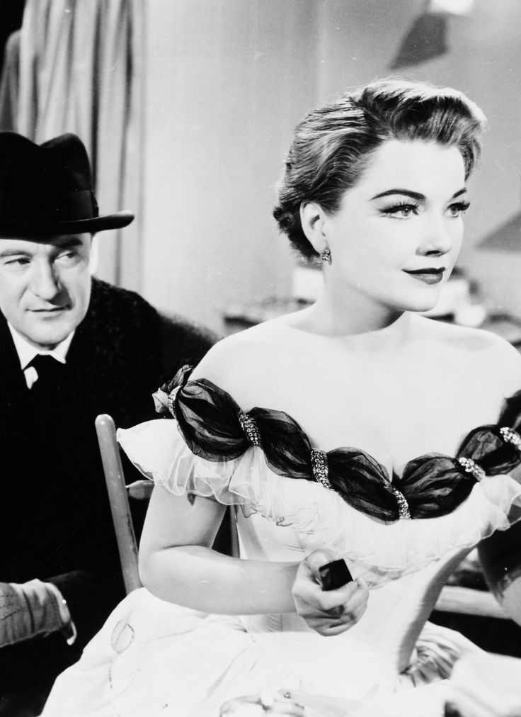 George Sanders and Anne Baxter in All About Eve, 1950. Via http://hollywoodlady.tumblr.com/