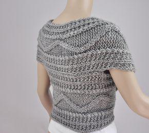 Es un Jersey cruzado que se abrace a tu cuerpo y te hace ver super slim. No es sólo un suéter y también se puede usar como cuello. Ponte ver fotos para detalles. Usted puede usar el tanque, camiseta de manga larga y camisa por debajo de ella. Está hecho 100% de lana que es muy suave y cálido. Usted puede usar el tanque o camisa debajo.  Tamaño: el tamaño S-L listos para enviar. Amplio tamaño tiene que hacer para la orden que lleva 2-3 semanas. S(US 0-4) M(us 6-8) L (us 10-12) pls elige su…