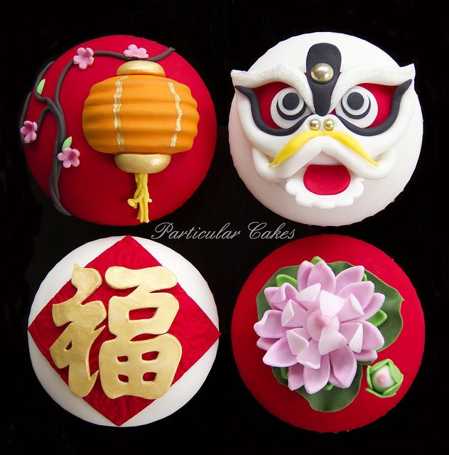 Chinese New Year Cupcakes by Cheryl's Cupcakes, via Flickr