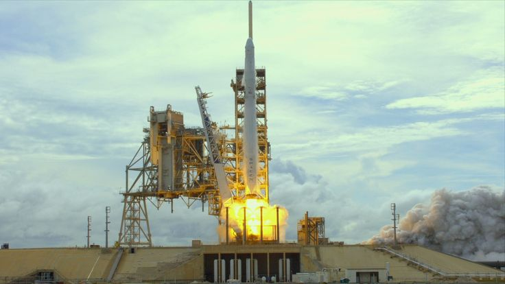 SpaceX Dragon cargo craft lifted off from Launch Complex 39A at NASA's Kennedy Space Center in Florida at 5:07 p.m. June 3.