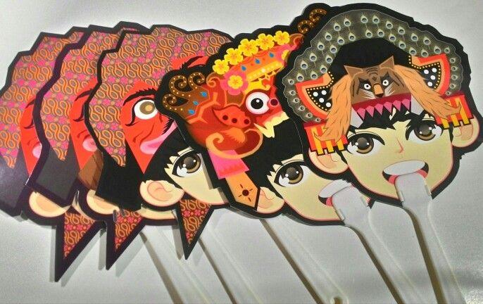 Paper Fan.. Nusantara Iconic