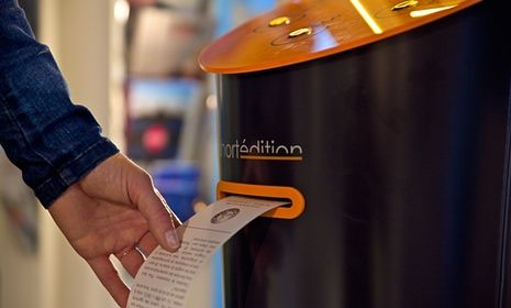 A publisher is doing brisk business dispensing free fiction from machines in Grenoble, to help readers make the most of 'dead time' on their journeys