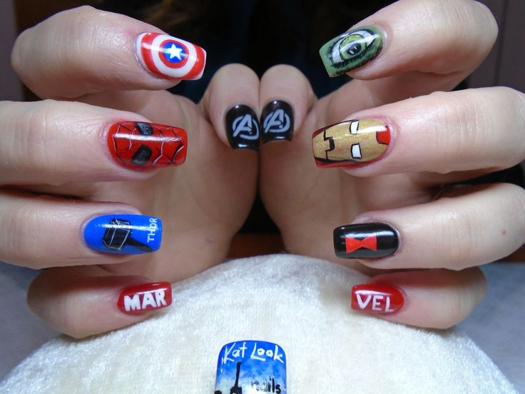 Marvel Nails (Capitaine America, Thor, Spiderman, Ironman, Hulk, Black Widow) by Kat Look