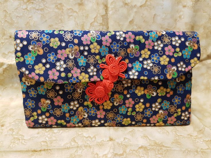 Hand-stitched Chinese New Year Ang Pow (Red Packets) organiser purse