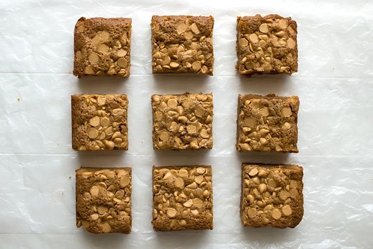 Soft and chewy Peanut Butter Chip Blondies - the peanut butter/caramelized brown…