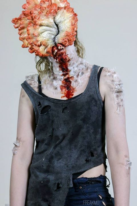 The Last of Us Clicker cosplay