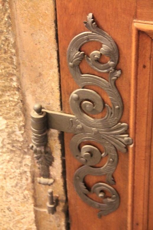 Elaborate door hinges - St. Georges in Prague & 66 best Door Hinges images on Pinterest | Door knockers Door ...
