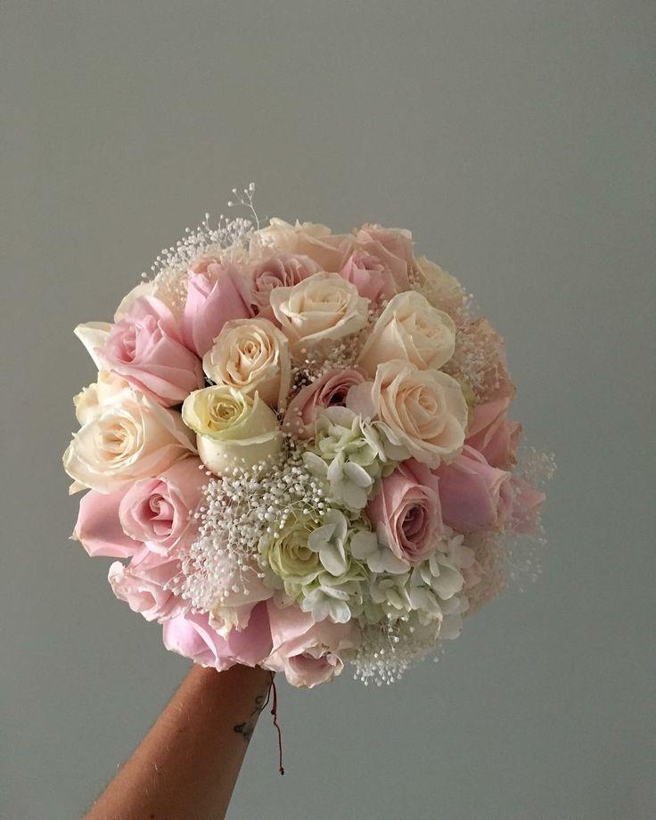 CBR447 wedding rosas Riviera Maya light pink, blush, ivory and white flowers bouquet/ ramo de novia rosas rosa claro y blancas