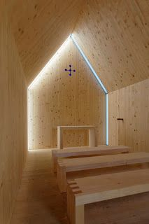 Built in 2008 as a private memorial, this honest, lovely little 'bergkapelle' on a lower alp near Andelsbuch, Austria, is made from timber from the site, and the stones for the foundation were brought from further up the alp. Architectural firm: cukrowicz-nachbaur Photos: Andreas Cukrowicz, Hanspeter Schiess – GF