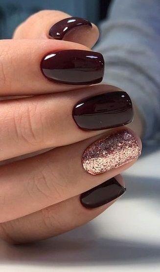 40+ New Years Nails Designs #nails #nailart #naildesign #beauty #nailideas #acrylicnail #glitternail #gelnail #beauty #nailpolish #summernail #winternail