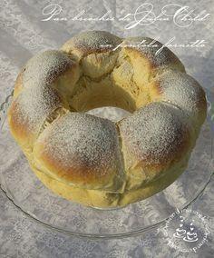 Questo pan brioches mi ha stregato !! Fatto e rifatto più volte nel giro di dieci giorni, abbiamo fatto colazione, merenda e mio marito ...