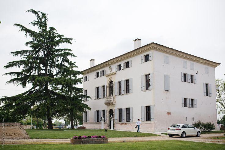 Come #risparmiare sul #matrimonio? Villa Cagnoni Boniotti grazie all'esperienza acquisita nell'organizzazione di #matrimoni è in grado di consigliarti come risparmiare per il tuo grande giorno.