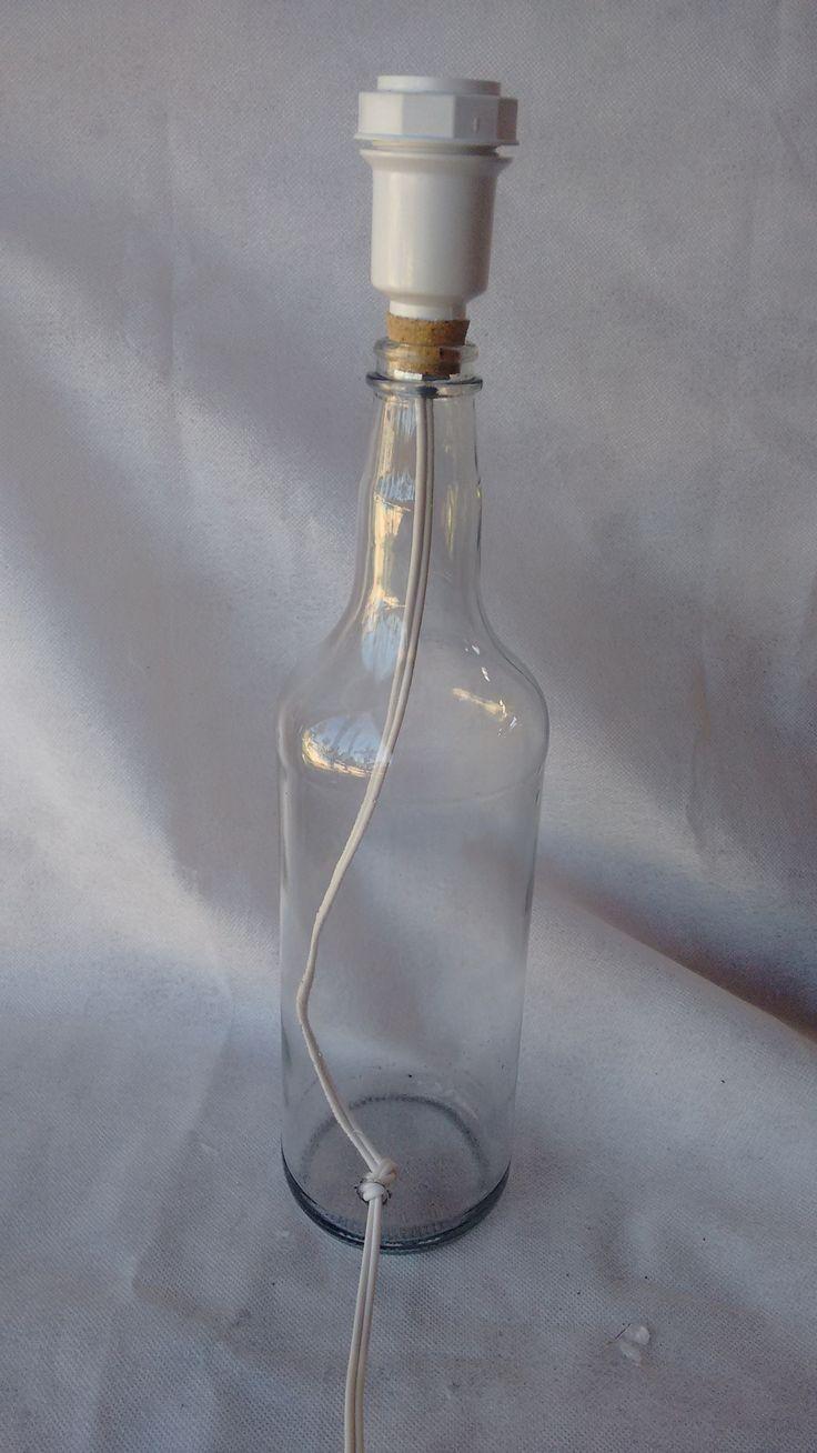 Como fazer um abajur com garrafa de vidro