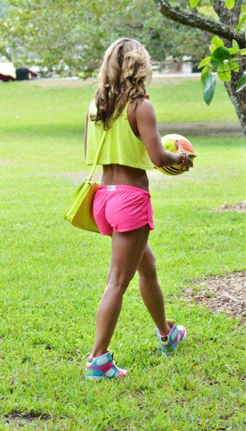 shirt outfit shorts fitness neon tank top bag nike shoes pink gym gym clothes gym shorts pink shorts soccer sporty