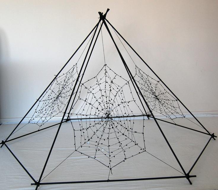 Hexagonal Pyramid - Expanding the Web