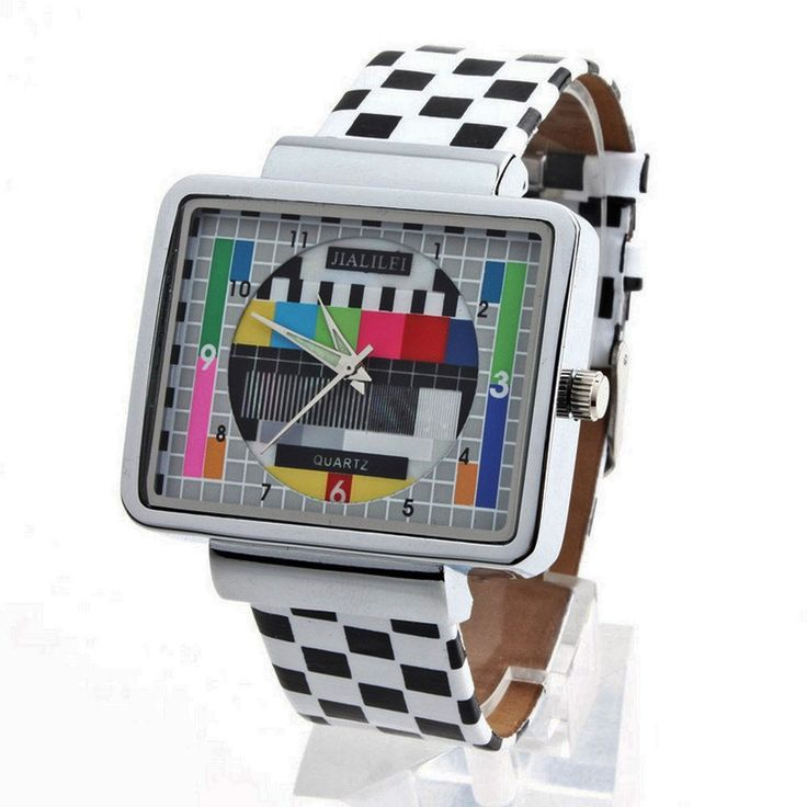 Do you miss the marvellous 90s? Teleport yourself to that awesome decade with this fun watch inspired to those times' TV. Impossible to be more original.