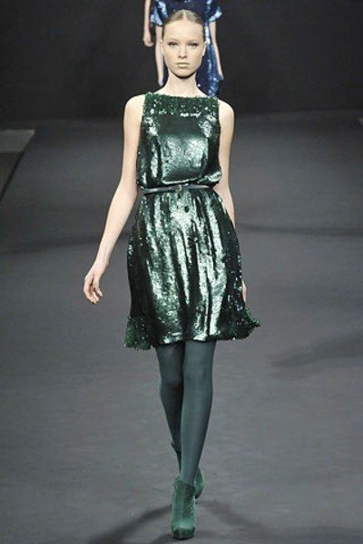 See the complete Maurizio Pecoraro Fall 2008 Ready-to-Wear collection.